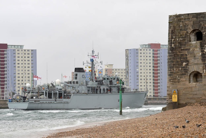 HMS Ledbury Returns Home