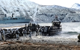 Flagship Bulwark lays on action-packed Arctic demonstration for Norways king