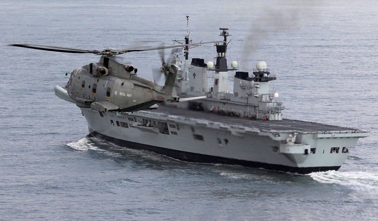 HMS Illustrious joins Navy's Philippine aid mission hot on HMS Daring's heels
