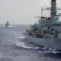 HMS Argyll meets HMS Portland in the Caribbean