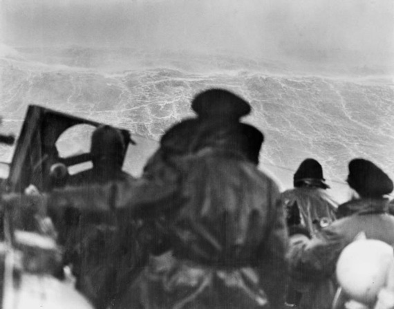 Veterans of the bitter Arctic convoys delivering aid to Russia in World War 2 can today begin applying for a medal to recognise their service.